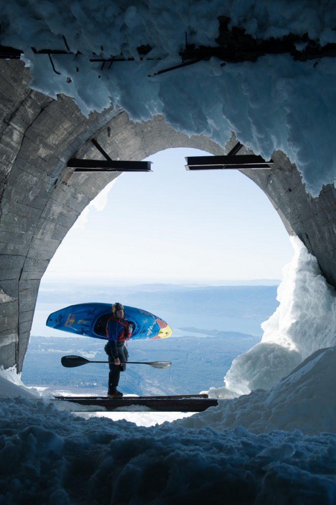 NG 200918 Aniol Serrasolses Snow Kayak 1937